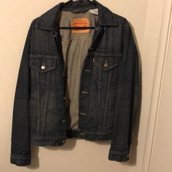 402fac83ccf Levi s Other - EUC Levi s denim jacket sz Small